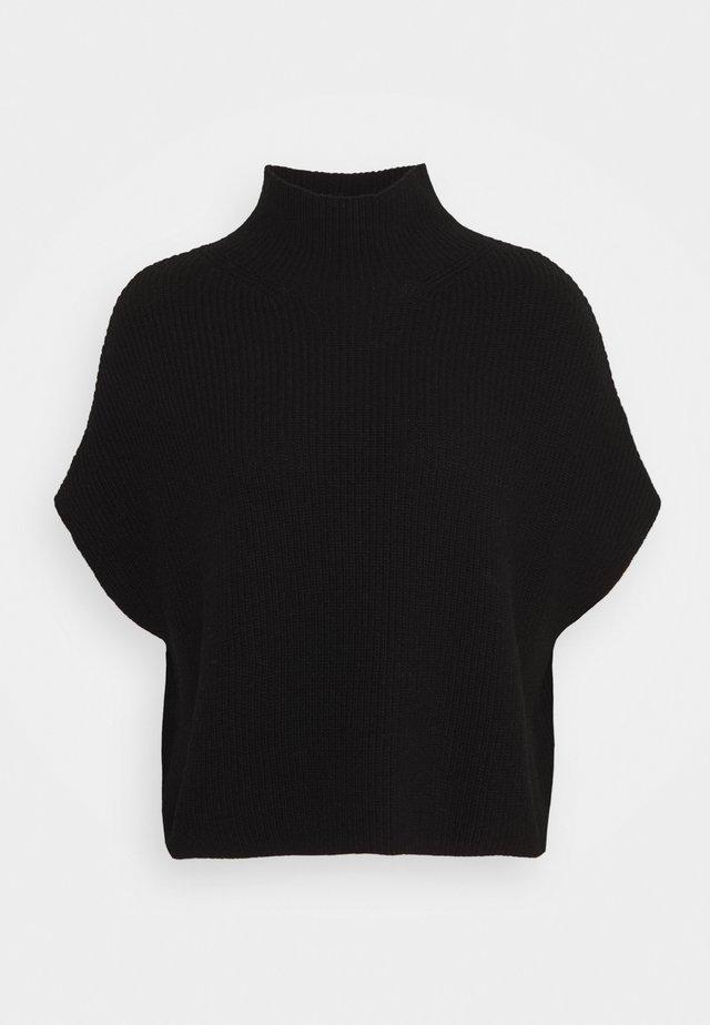 Basic T-shirt - pure black