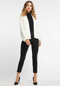 faina - Cardigan - wool white - 1