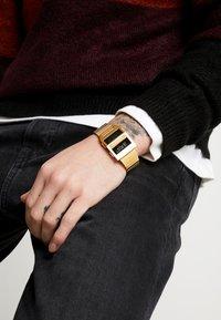 adidas Originals - ARCHIVE M3 - Digitaal horloge - gold-coloured - 0
