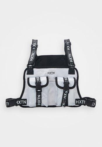 DELTA PRIME BODY BAG - Bältesväska - white
