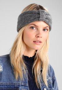 mint&berry - Ear warmers - dark grey - 1