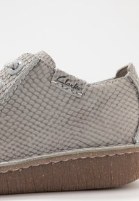 Clarks Unstructured - FUNNY DREAM - Casual lace-ups - light grey - 2