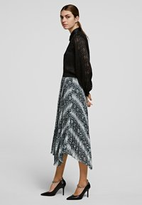KARL LAGERFELD - A-line skirt - p snake print - 3