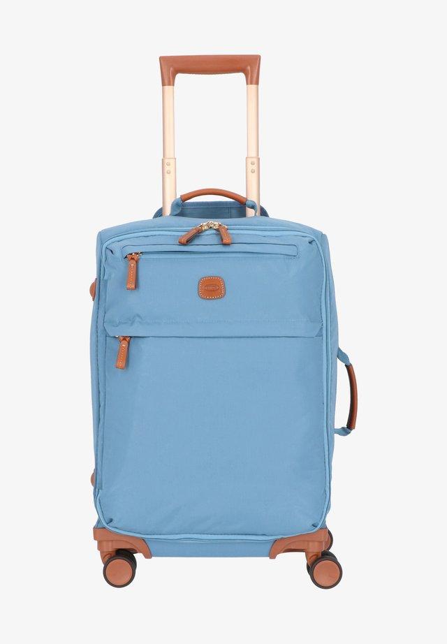 Wheeled suitcase - avio
