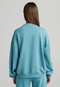 Bershka - OVERSIZE - Felpa - turquoise - 2