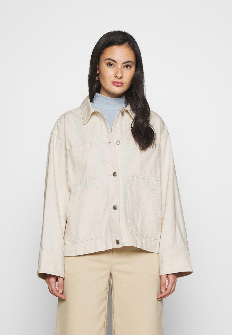 Monki - ROBYN JACKET - Denim jacket - white