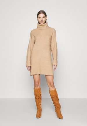 PLATED FUNNEL DRESS - Jumper dress - camel