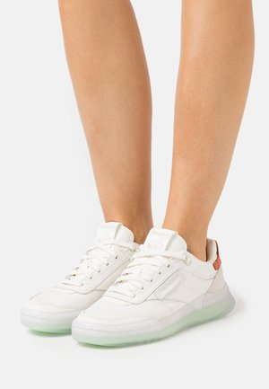 CLUB C LEGACY - Sneakers laag - chalk/neon mint/bakear