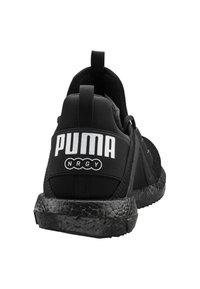 Puma - Neutral running shoes - black/white - 2