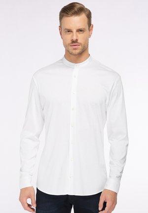 M PERY L - Shirt - weiß