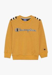 Champion - ROCHESTER VARSITY CREWNECK  - Sweatshirt - yellow - 0