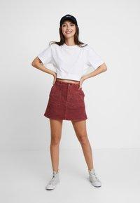 American Eagle - ALINE SKIRT - Mini skirt - berry - 1