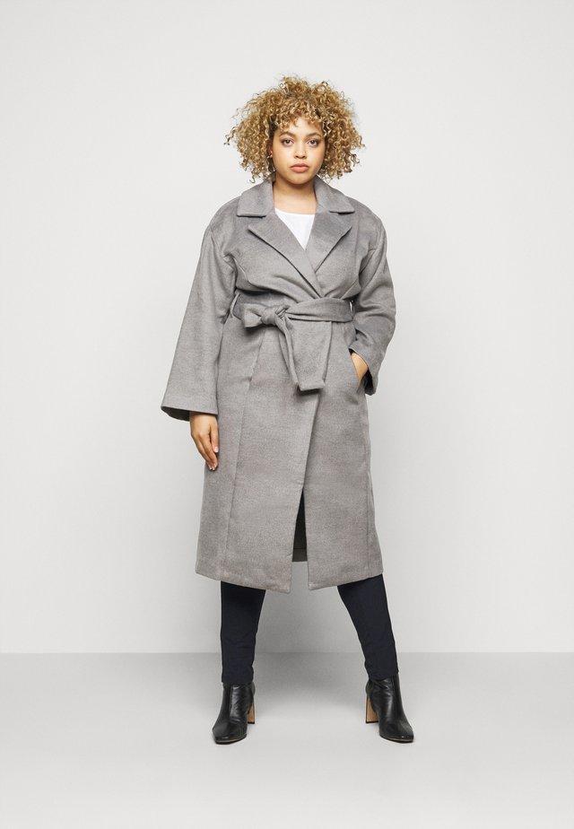 BELTED WRAP COLLAR COAT - Classic coat - grey