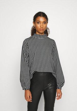 NMHOUND  HIGH NECK TOP - Pullover - black/white