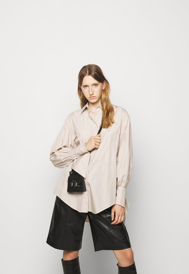 Blouse - light beige