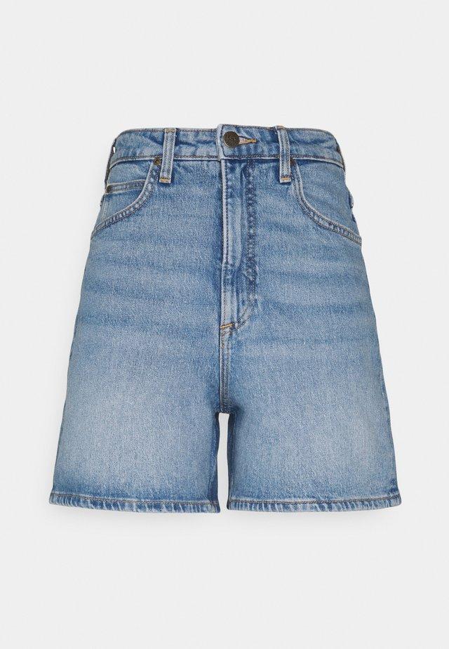 STELLA - Jeans Short / cowboy shorts - mid soho