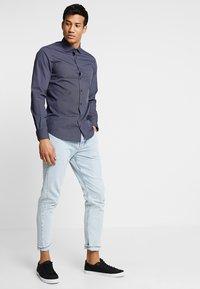 Tommy Hilfiger Tailored - PRINT CLASSIC SLIM - Shirt - blue - 1