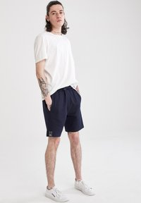 DeFacto - Shorts - navy - 2