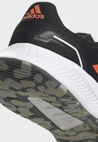 adidas Performance - RUN 2.0 CLASSIC RUNNING - Stabilty running shoes - black - 8