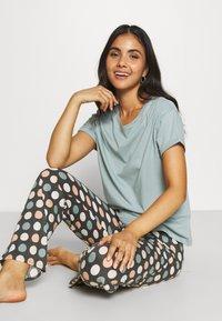 Marks & Spencer London - SPOT  - Pyjamas - aqua mix - 3