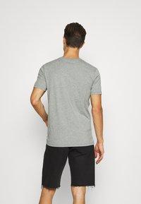 Napapijri - SELLYN - Print T-shirt - medium grey melange - 2