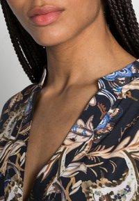 Emily van den Bergh - DRESS - Maxi dress - navy/brown - 4
