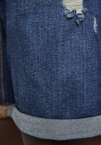 PULL&BEAR - Jeansshorts - blue-black denim - 5