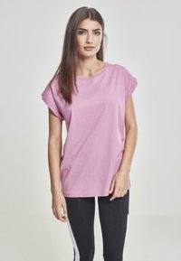 Urban Classics - EXTENDED SHOULDER TEE - Basic T-shirt - coolpink - 0