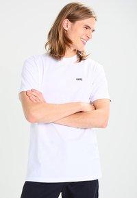 Vans - Basic T-shirt - white - 0