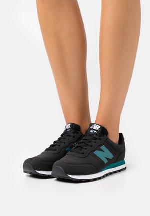 GW400 - Zapatillas - black