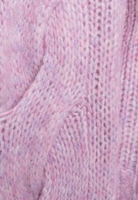 DESIGNERS REMIX - ANTICO CABLE - Sweter - lavender - 2
