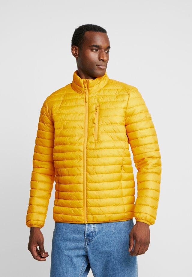 THINSULATE - Light jacket - dusty yellow