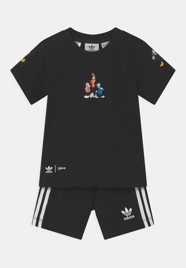 DISNEY CHARATER SHORT TEE SET - Shorts - black