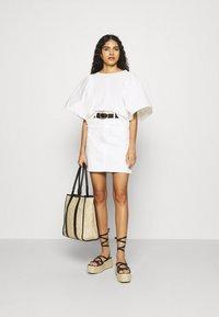 Selected Femme - SLFKENNA SKIRT - Mini skirt - white denim - 1