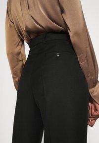 Hope - KEEN TROUSERS - Spodnie materiałowe - black - 4