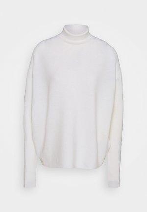 LIORA - Pullover - ecru