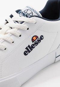 Ellesse - TAGGIA - Trainers - white/dark blue - 5