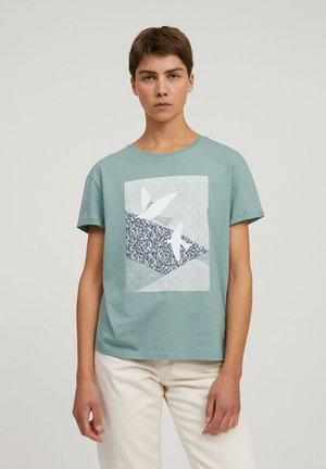 NAALIN PRIMROSE DOVES - Print T-shirt - matcha