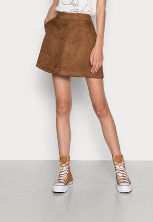 VMDONNAHAZEL SKIRT - Mini skirt - emperador