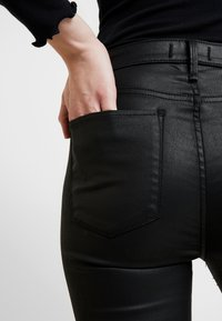 Abercrombie & Fitch - ANKLE - Trousers - black - 3