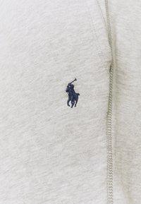 Polo Ralph Lauren - THE CABIN FLEECE SHORT - Shorts - andover heather - 5