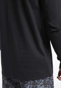 Reebok Classic - CLASSICS HOTEL LONG-SLEEVE TOP - Long sleeved top - black - 5