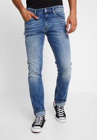 Tommy Jeans - ORIGINAL STRAIGHT RYAN  - Džíny Straight Fit - dallas new - 0