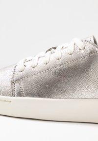 Timberland - TEYA  - Sneaker low - silver - 2
