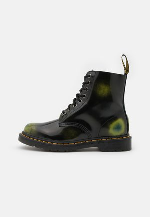 1460 PASCAL 8 EYE BOOT UNISEX - Nauhalliset nilkkurit - black/marsh green/dark teal/multicolor arcadia