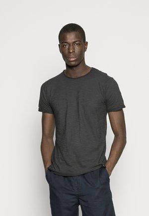 ALAIN - Basic T-shirt - black