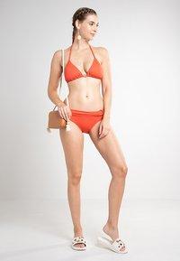 MICHAEL Michael Kors - ICONIC SOLIDS BIKINI BOTTOM - Braguita de bikini - orange - 1