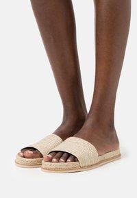 Zign - Sandaler - beige - 0