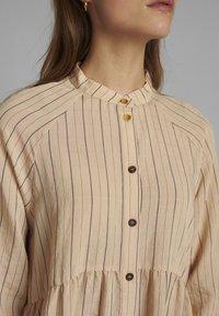Nümph - Shirt dress - tannin - 2