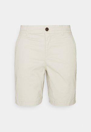 BERMUDA - Shorts - offwhite